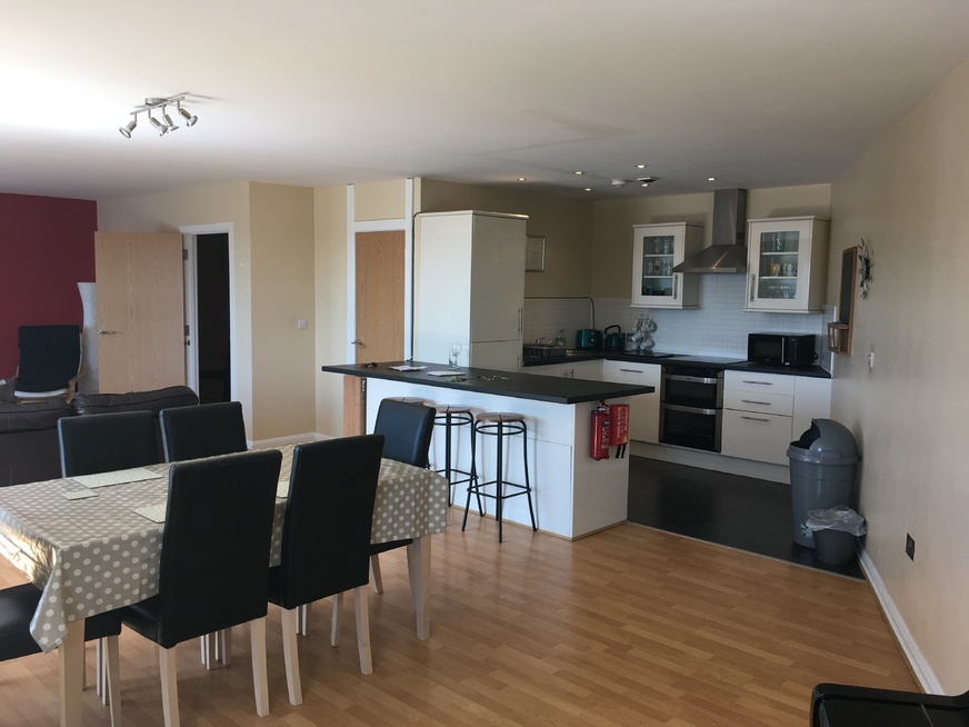 To rent apartment Manchester, 4 beds £1625 PCM. Private ...
