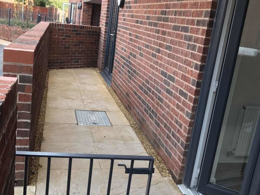 To rent apartment Manchester, 2 beds £920 PCM. Private ...