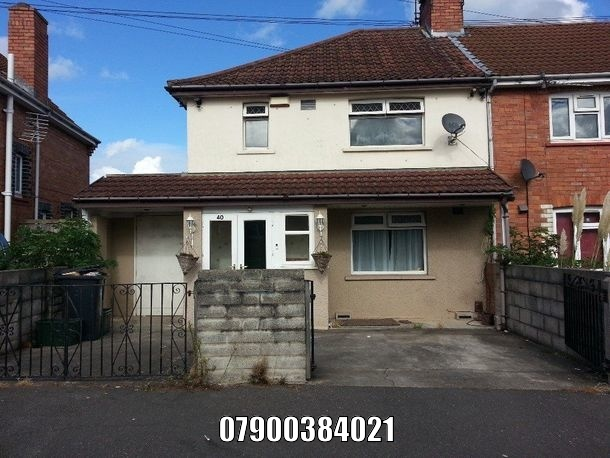 To Rent Semi Detached House Knowle 4 Beds 1200 Pcm Private Landlord No Agent Fees