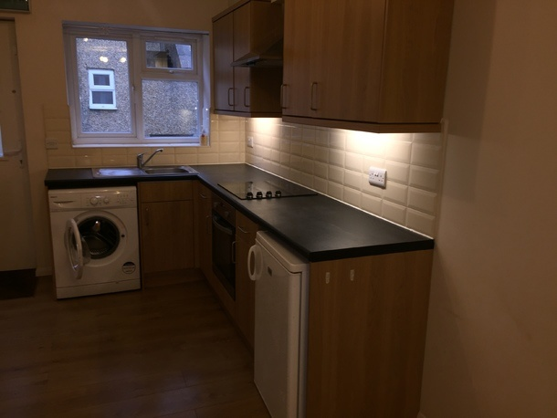 to rent falt High Wycombe