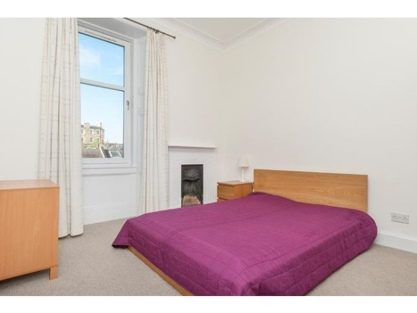 to rent falt Edinburgh